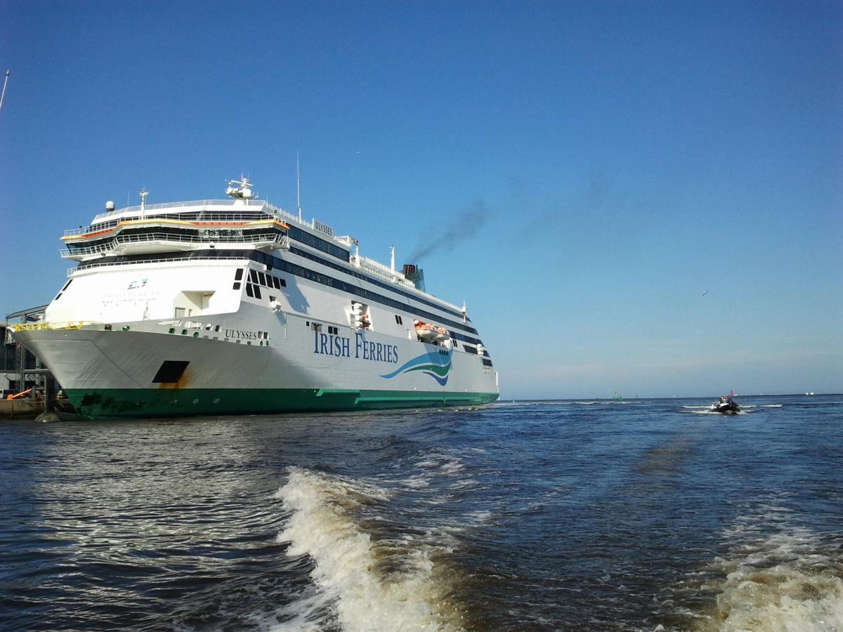 Click image for larger version  Name:Ferry.jpg Views:88 Size:142.8 KB ID:70056