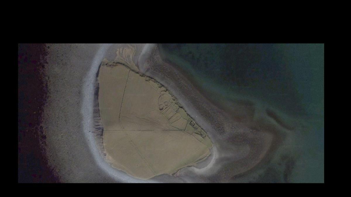 Click image for larger version  Name:John Lennon's Dorinish Island.jpg Views:193 Size:50.0 KB ID:72753