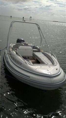 Click image for larger version  Name:2005 Novurania Q480 with Yamaha F115TXLR 024 (Small).jpg Views:379 Size:18.5 KB ID:73032