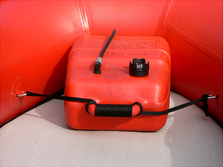 Click image for larger version  Name:Rear Tank Tie 1.JPG Views:103 Size:52.2 KB ID:76098