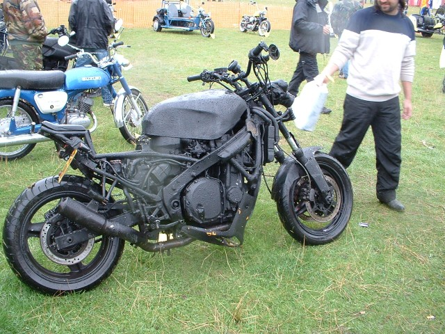 Click image for larger version  Name:my bike again.jpg Views:96 Size:154.5 KB ID:77811