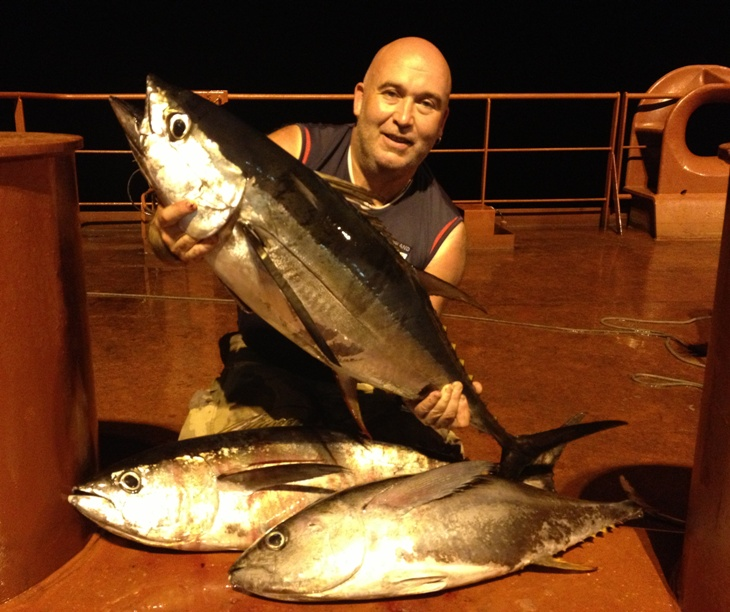 Click image for larger version  Name:30 pound tuna of 6.jpg Views:85 Size:169.1 KB ID:78078