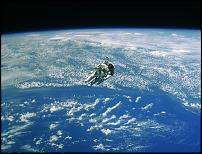 Click image for larger version  Name:untethered space walk.jpg Views:105 Size:252.5 KB ID:78180
