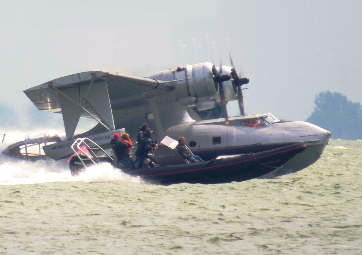 Click image for larger version  Name:catalina 2.jpg Views:284 Size:100.5 KB ID:80709