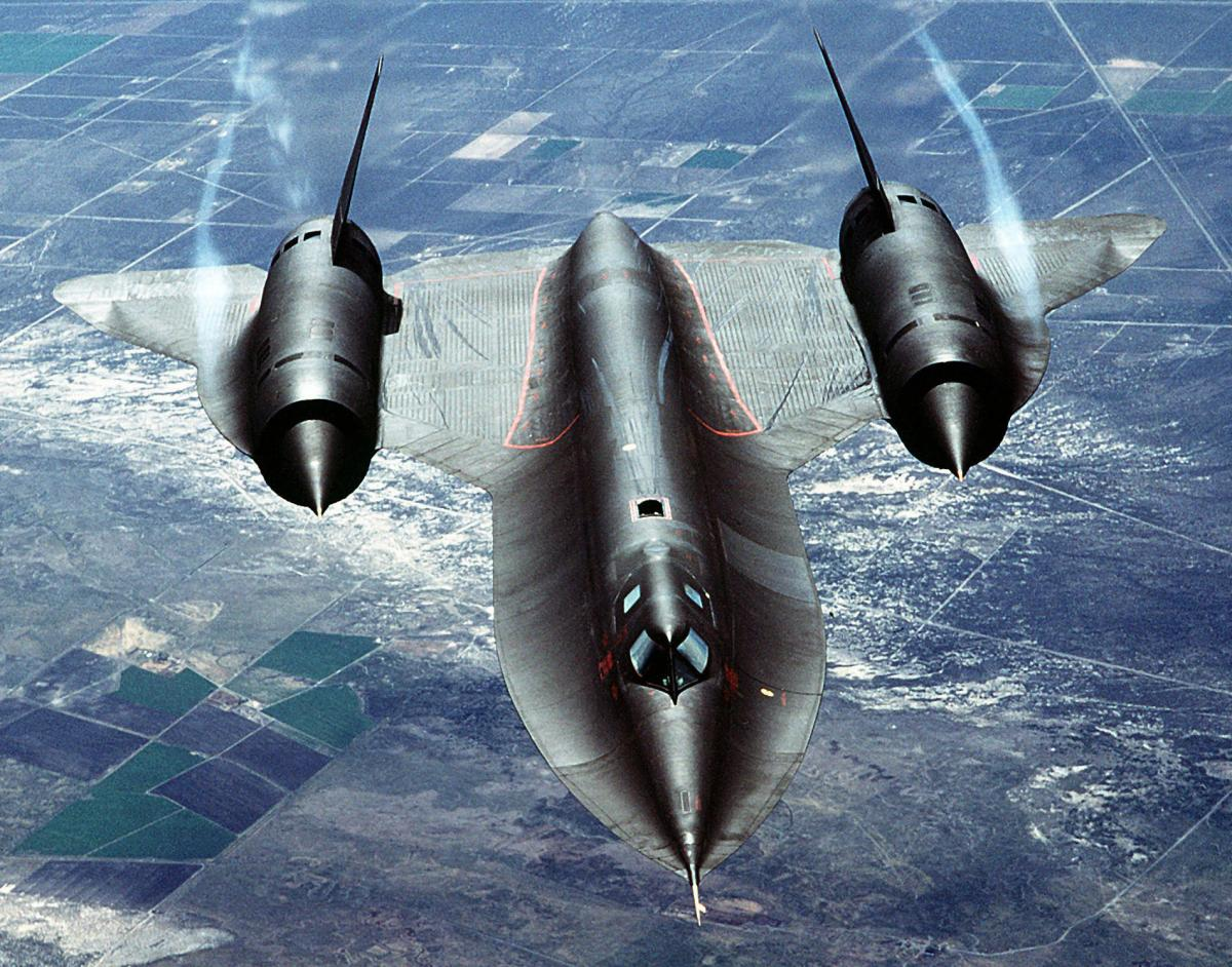 Click image for larger version  Name:SR 71-Blackbird..jpg Views:79 Size:220.8 KB ID:82681