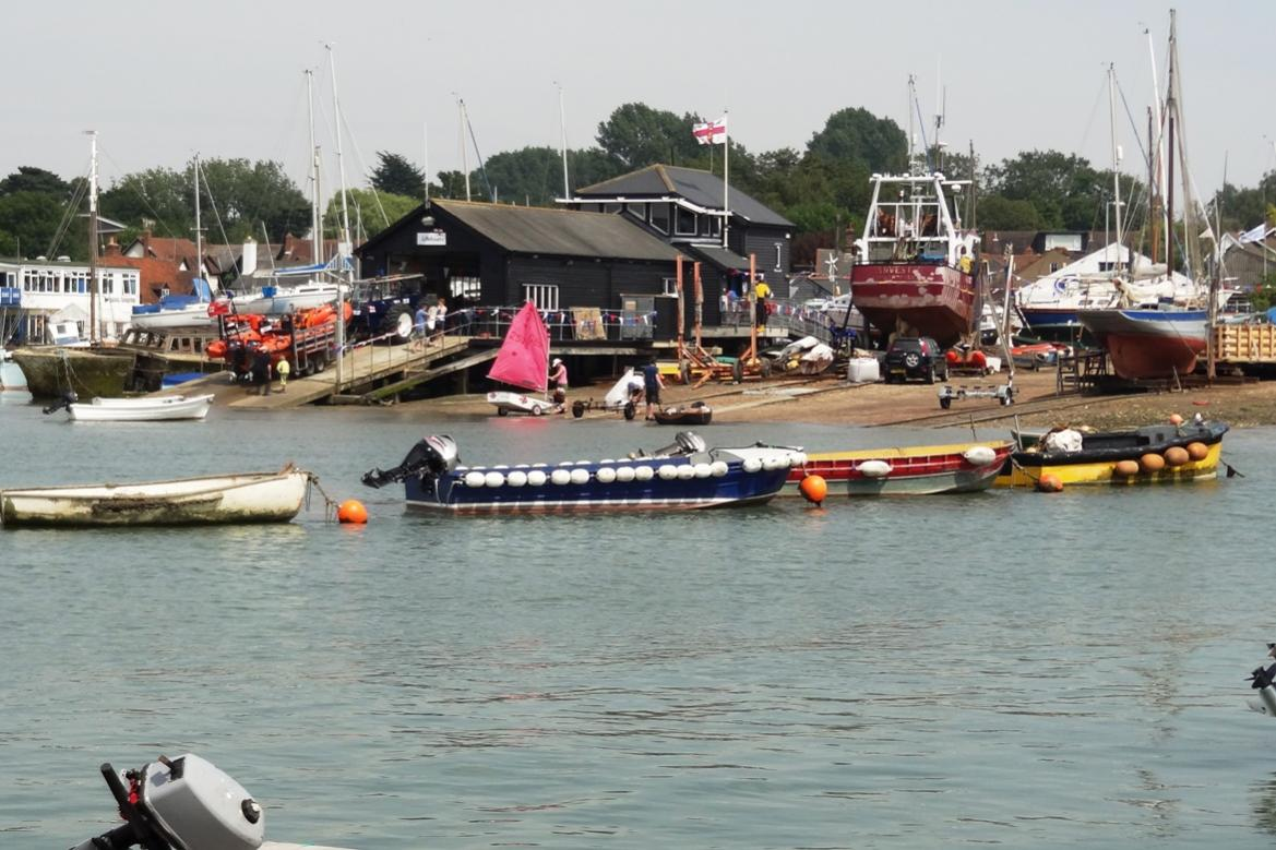 Click image for larger version  Name:Slipway from pontoon.jpg Views:116 Size:134.8 KB ID:84625