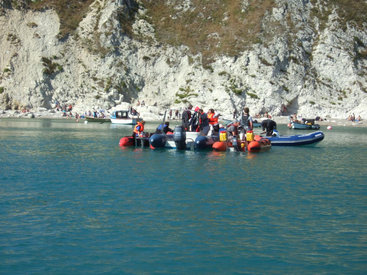 Click image for larger version  Name:lulworth aug 31st 2013 033.jpg Views:150 Size:195.1 KB ID:84999