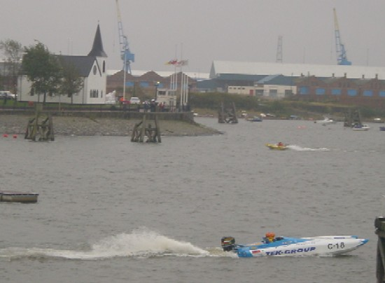 Click image for larger version  Name:#14 Cardiff Powerboating 1 2004 011.jpg Views:141 Size:38.6 KB ID:8610