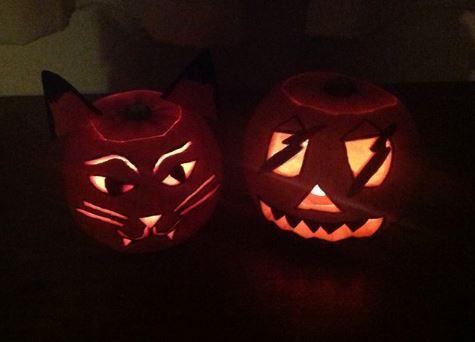 Click image for larger version  Name:Halloween pumkins 2013.JPG Views:68 Size:23.2 KB ID:86857