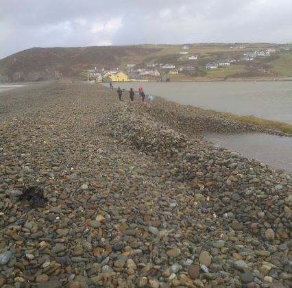Click image for larger version  Name:Newgale b 3rd Jan 2014.JPG Views:164 Size:44.9 KB ID:88824