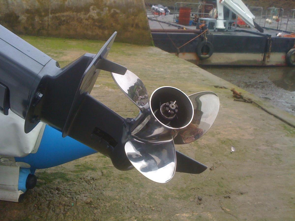 ceaser mini thundercat engine height    - RIBnet Forums