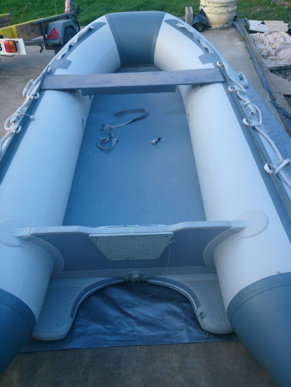 Click image for larger version  Name:boat floor.jpg Views:158 Size:173.5 KB ID:92561