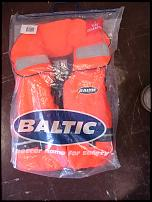 Click image for larger version  Name:life jacket.jpg Views:117 Size:169.3 KB ID:96353