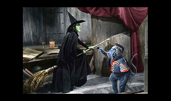 Click image for larger version  Name:monkeys-wizard-of-oz-590x350.jpg Views:125 Size:38.9 KB ID:96835