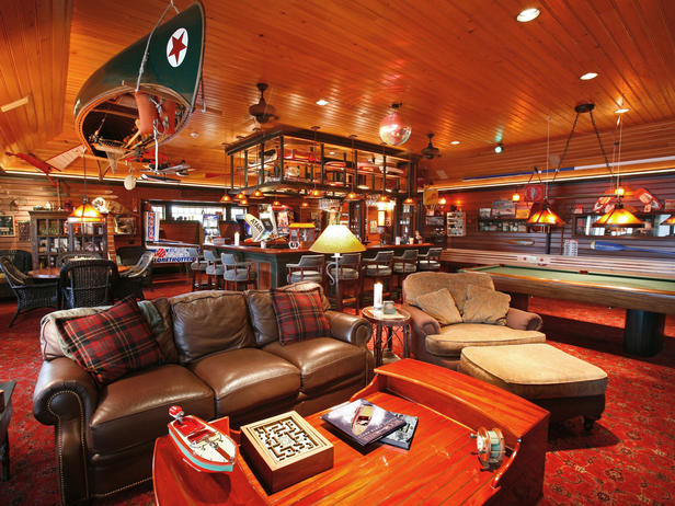 Click image for larger version  Name:HMDRS-ss2_boathouse-chartroom_s4x3_lg.jpg Views:132 Size:89.9 KB ID:98106