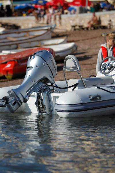Highfield's aluminium hulls make the 390 perfect for beaching without having to worry about damaging your hull.