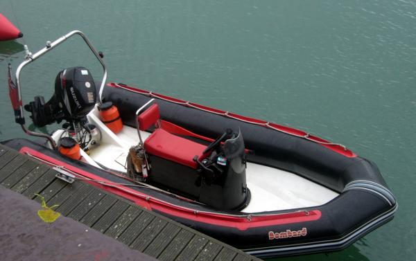 Red Stripe - Bombard Explorer 5mtr with a Suzi 50
