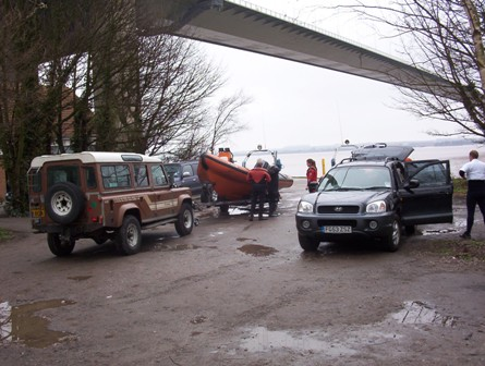 Humber Bridge launching at Hessle Foreshore by Humber Rescue