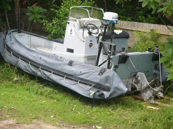 All black fittings removed to be painted in matt black, this RHIB will look a million dollars when finished.