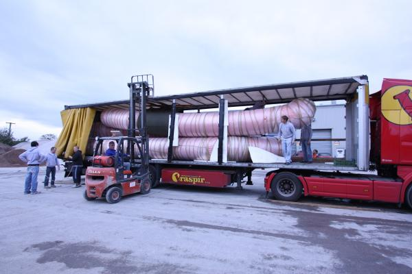 Sections of 18 meter foam/air hybrid tubes for Italian SAR RIB's