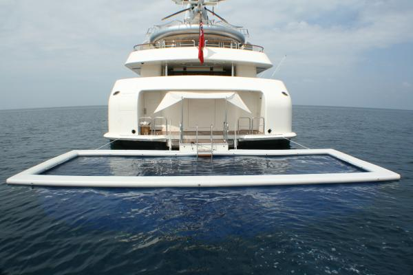 Sea Pool astern of yacht with 2.5 metre deep net