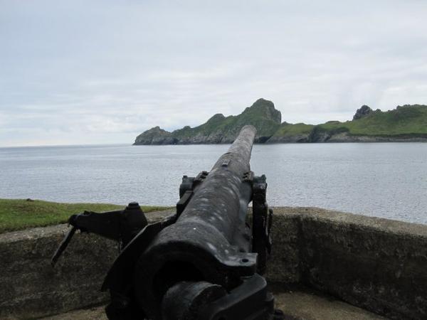 Gun to warn off stray U boats!