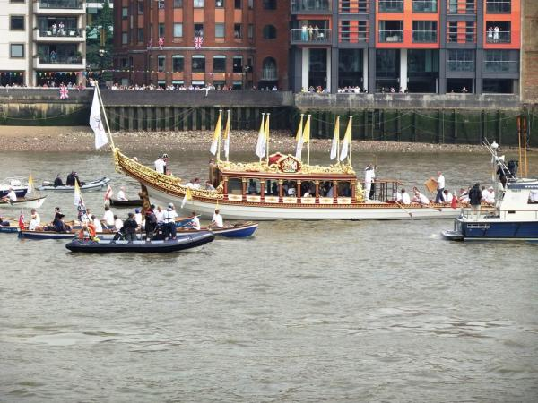 Day 70 of the Olympic Torch Relay - Hampton Court to Tower Bridge