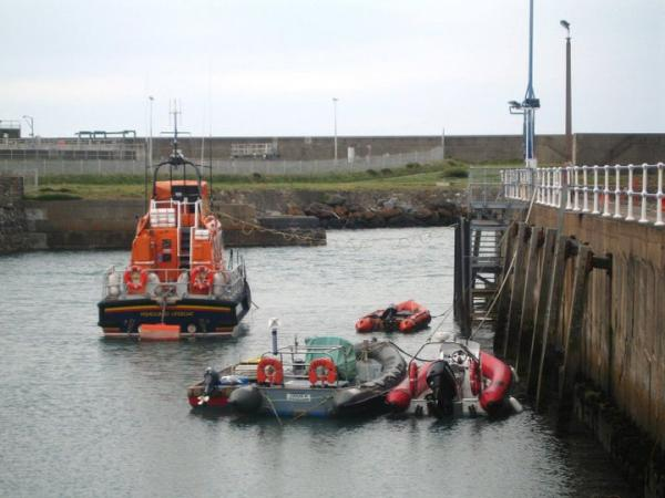 Tied up in Fishguard Pen.....Tidal turbine surveys '11